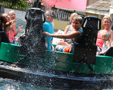 Raging Rapids | Holiday World & Splashin' Safari