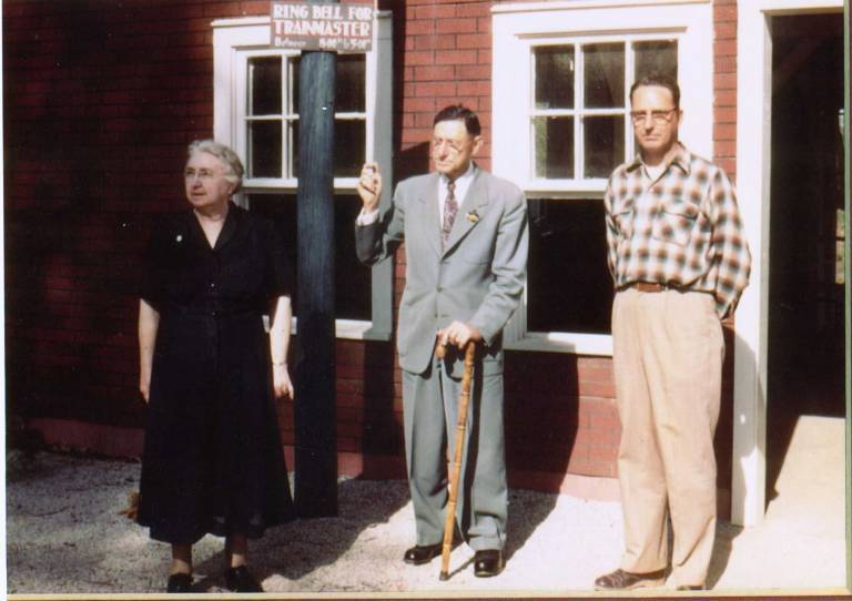 1956 Bill Koch with parents