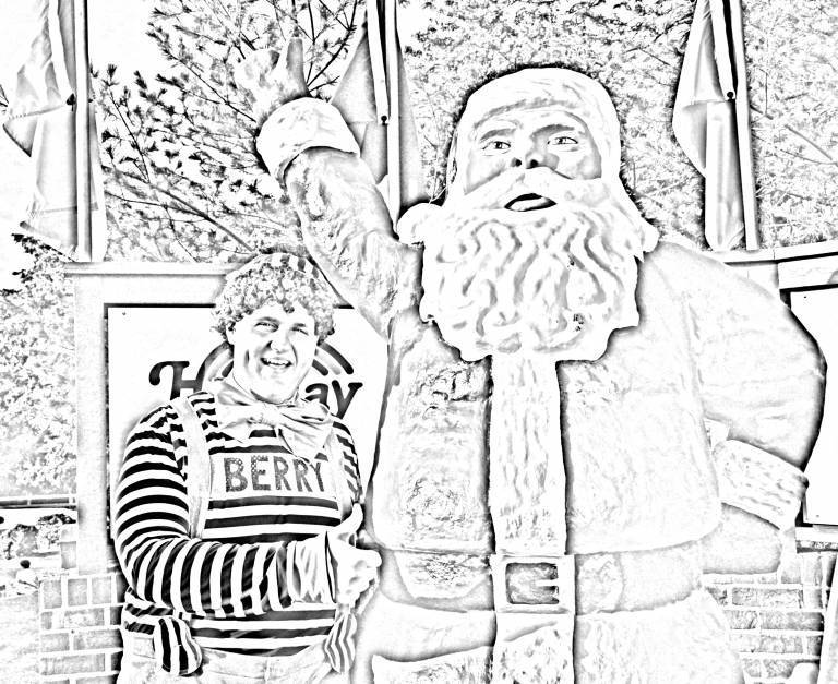 Berry & Santa Statue Coloring Page