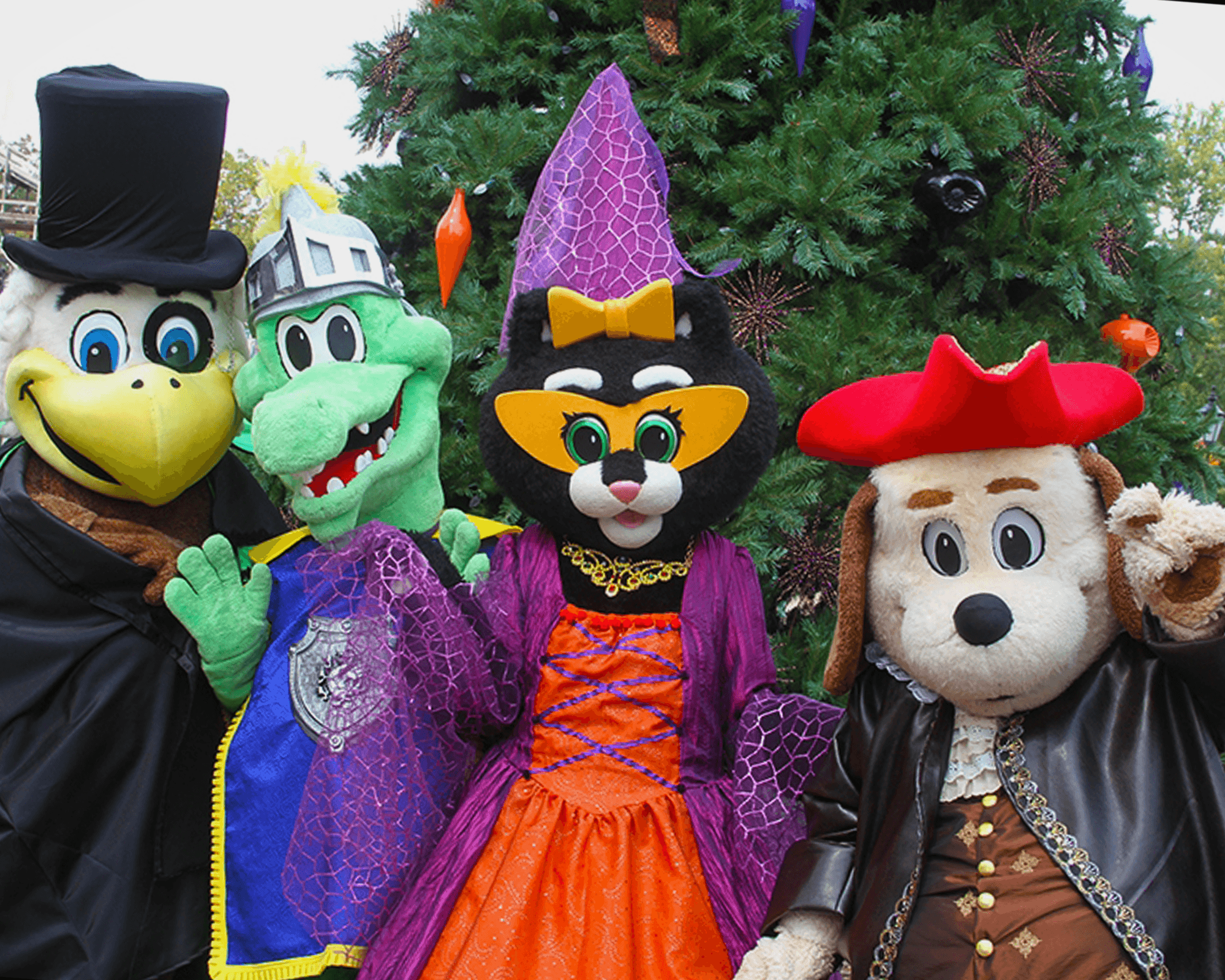 Holidog & Friends during Happy Halloween Weekends | Holiday World & Splashin' Safari