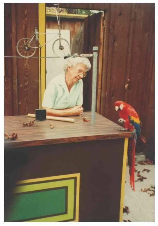 Frieda & Macaw, 1984