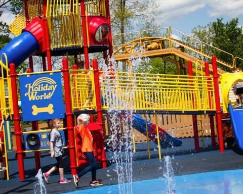 Holidog's Treehouse Playground | Holiday World & Splashin' Safari