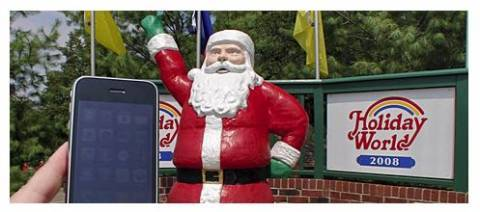 iPhone Photo of the Week - Santa statue